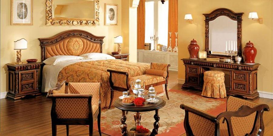 Arredamento camera da letto stile antico joodsecomponisten for Arredamento stile antico