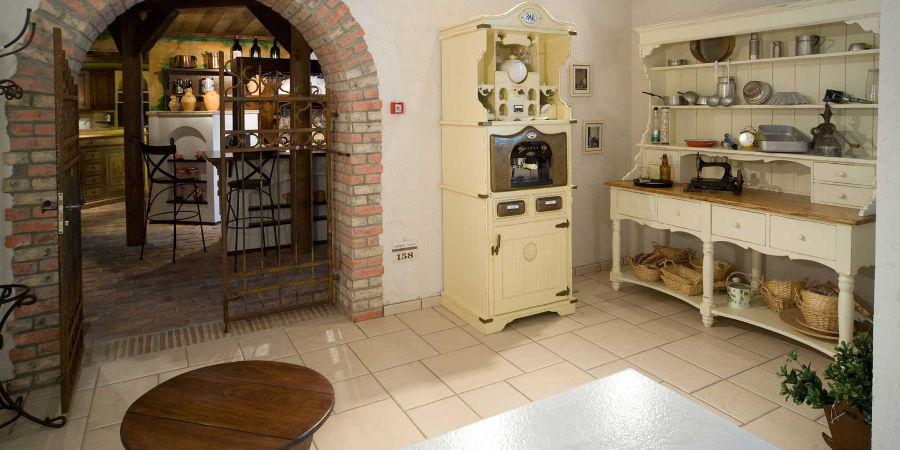 Cucine Antiche. Great Cucine Antiche Con Isola Mantenendo La ...