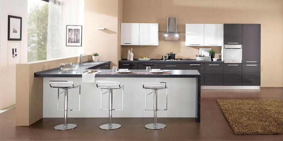 Moderne - Colore muri cucina ...